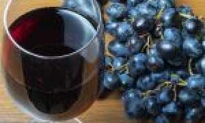 Нужно ли мыть виноград для приготовления вина: правила и особенности