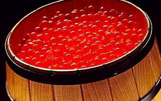Как хранить красную икру, можно ли ее заморозить, срок годности
